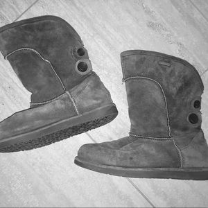 Emu suede winter boots, waterproof